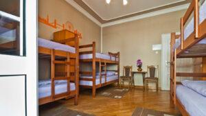 kak_otkryt_hostel_v_kvartire